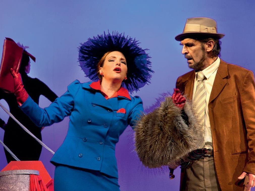"""Am 12. Oktober kommt mit Mozarts Oper """"Don Giovanni"""" der größte Frauenverführer aller Zeiten auf die Götzner Kulturbühne AMBACH."""