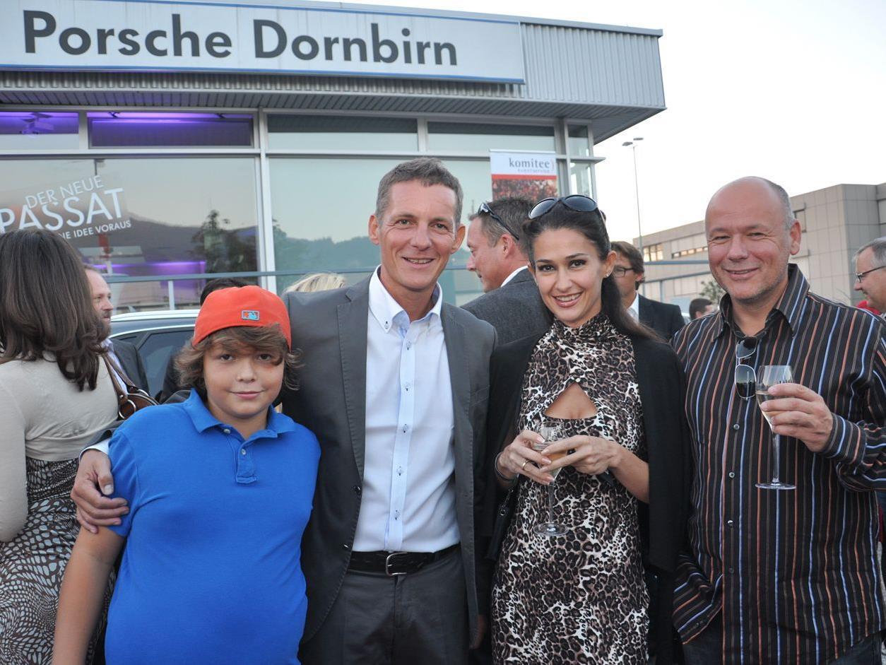 Philipp und Jörg Peham und Petrova Sdrawka mit Frank Wolf.