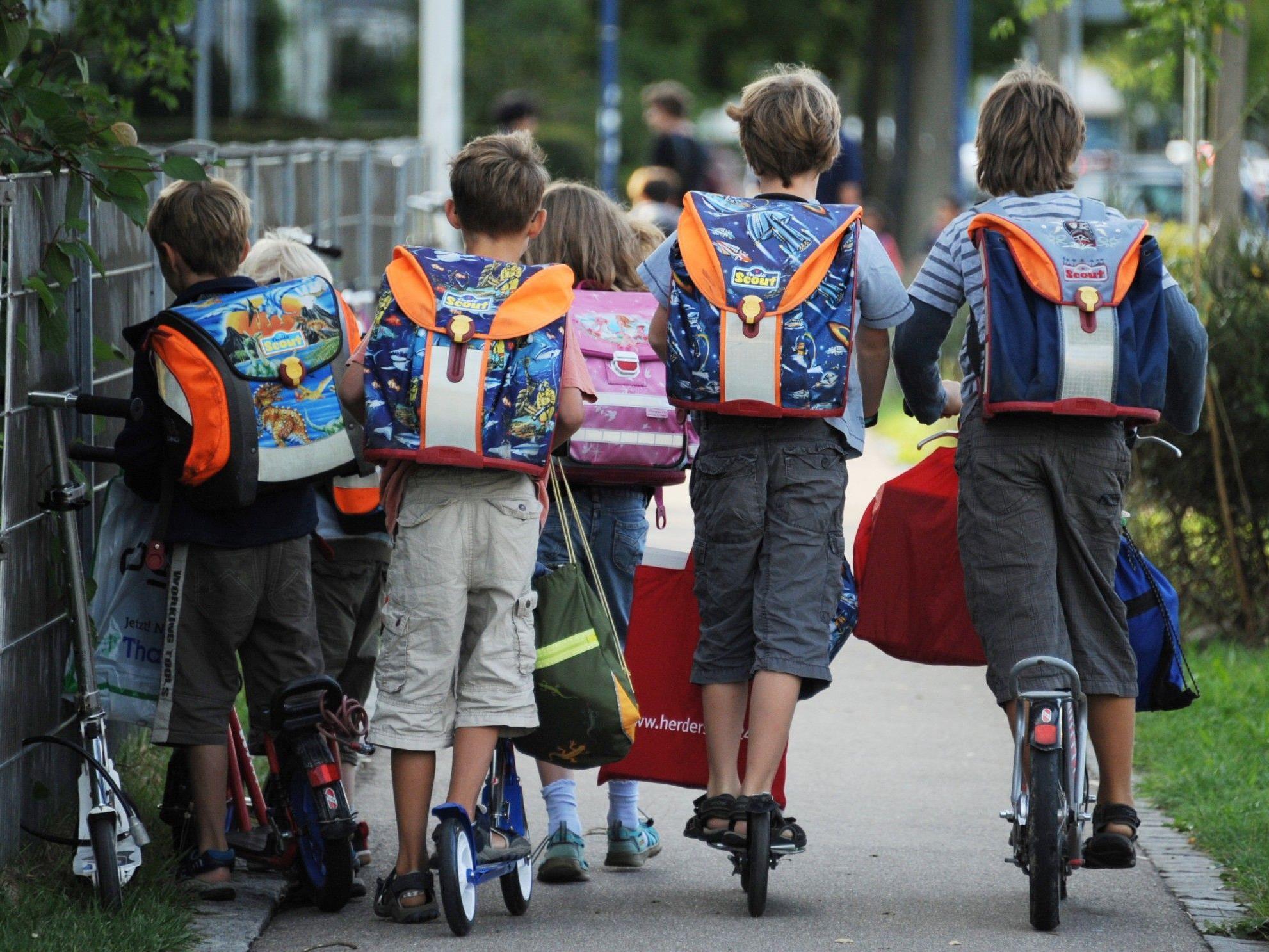 Vorarlberger Schüler starten in neues Schuljahr.