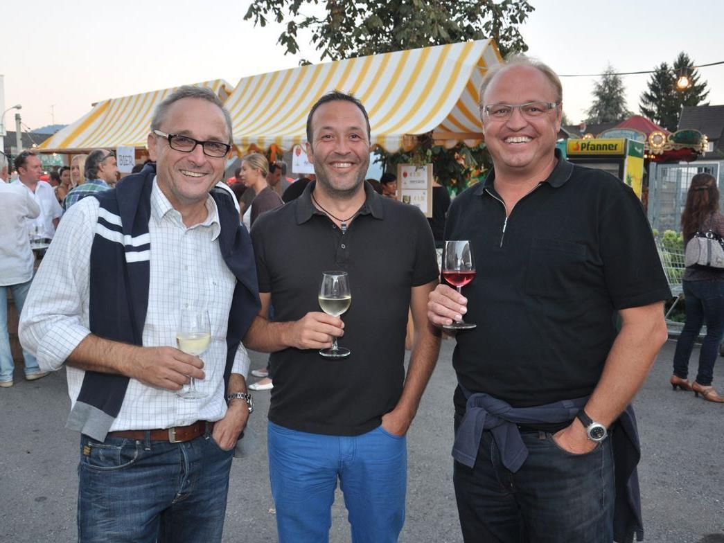 Gute Stimmung herrschte beim Weinfest des FC Schertler-Alge Lauterach