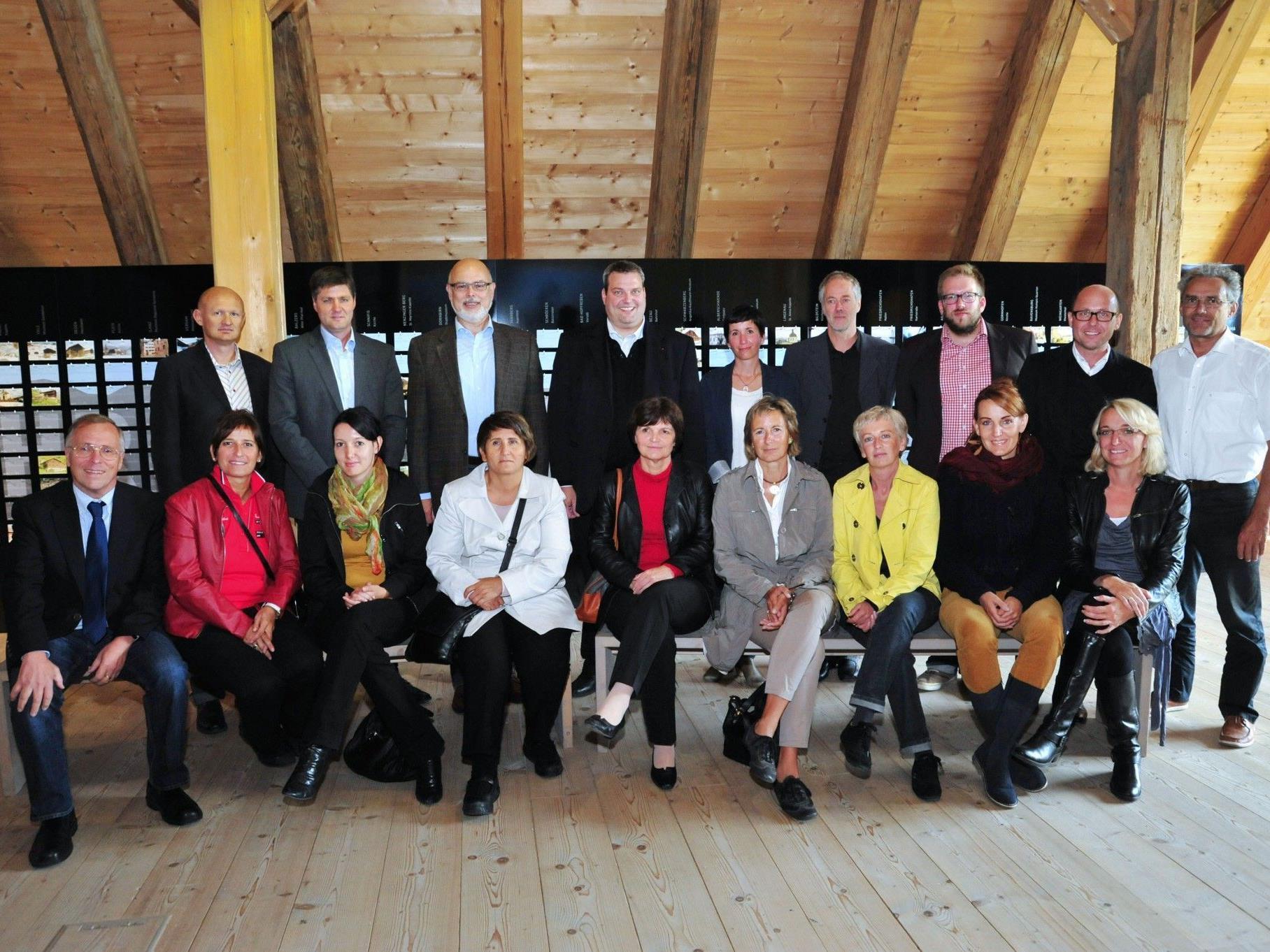 Die TeilnehmerInnen an der Landtagsexkursion ins Bauernhaus-Museum Wolfegg.