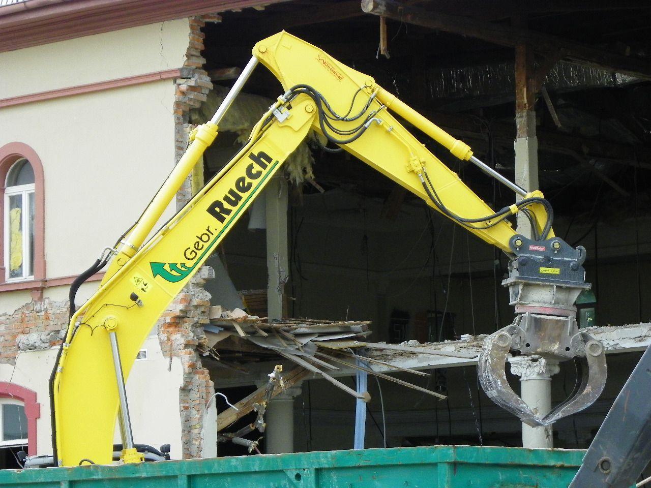 Feinarbeit beim Abriss