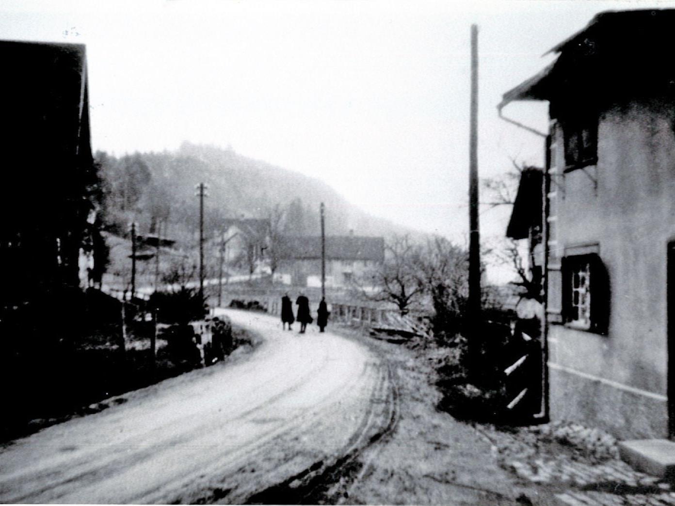 Die offizielle Benennung der Straßen von Satteins erfolgte erst im Jahre 1989.
