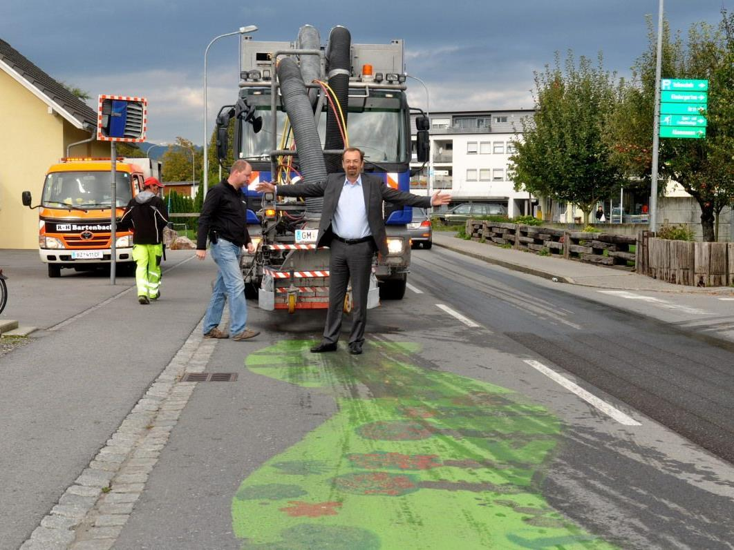 Demonstrativ bot Bürgermeister Rainer Siegele der beabsichtigten Säuberungsaktion die Stirn.