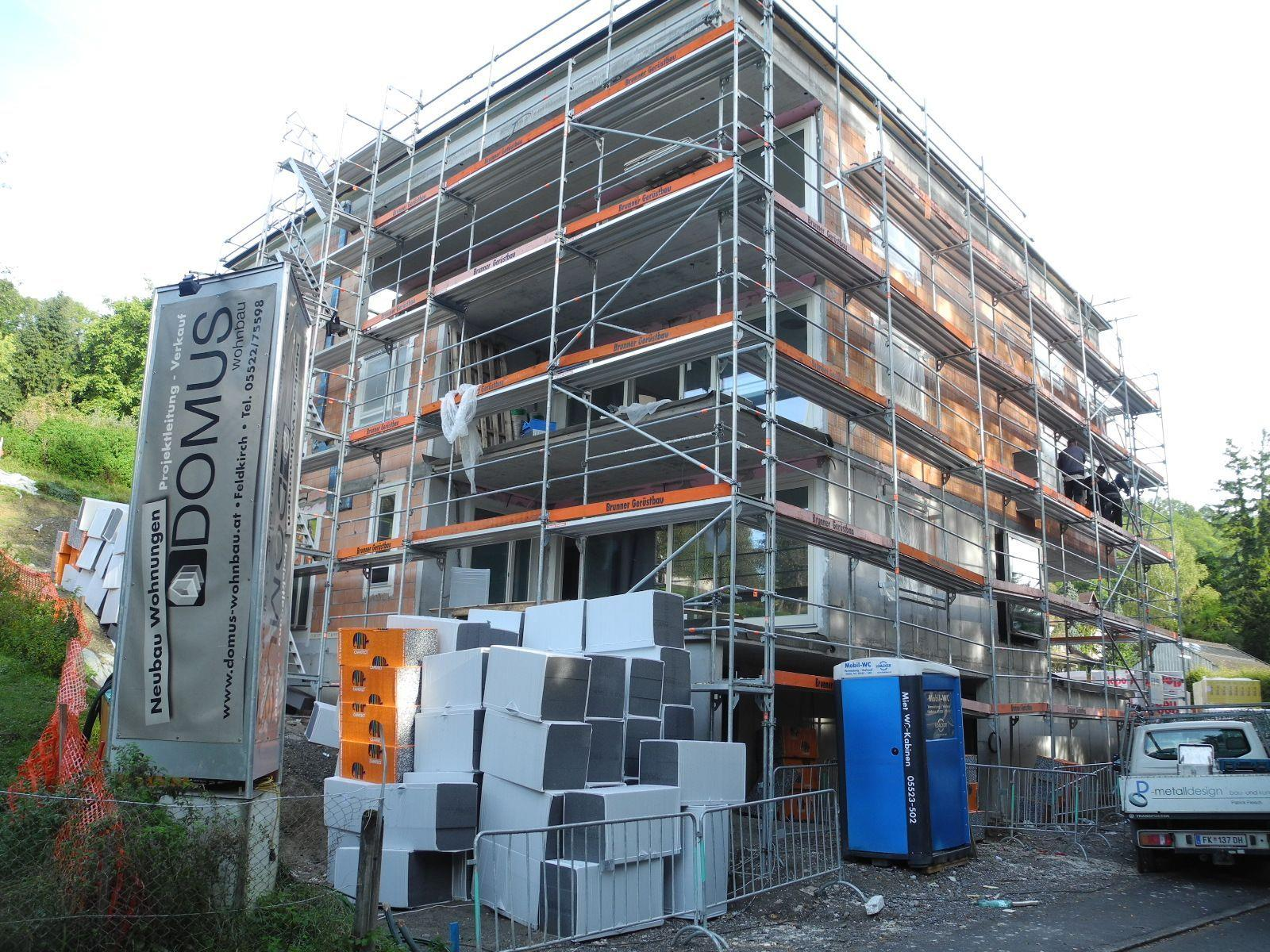 Domus baut zwei villenartige Wohnhäuser