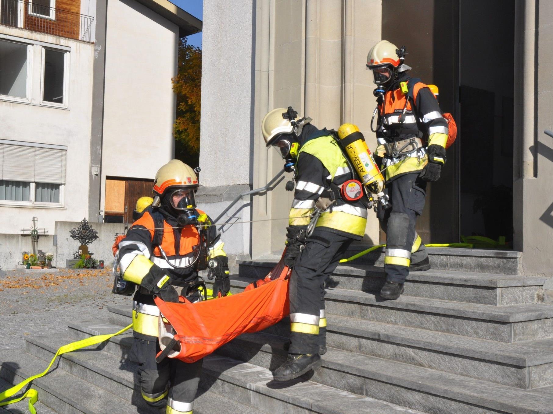 Die Weiler Feuerwehr hatte bei ihrer Schlussübung einiges an Arbeit zu tun.