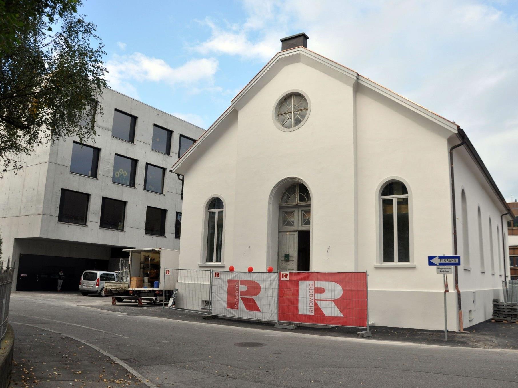 Nur noch zwei Wochen dauert die Restaurierung der denkmalgeschützten Turnhalle.