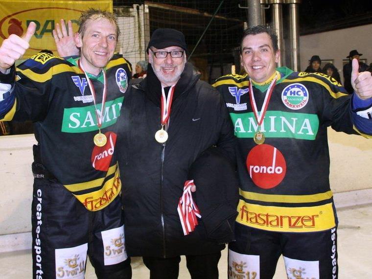 """Das perfekte Trio: """"Macher"""" Günther W. Amann und die Legionäre Michal Kopas und Tomas Kucharcik."""