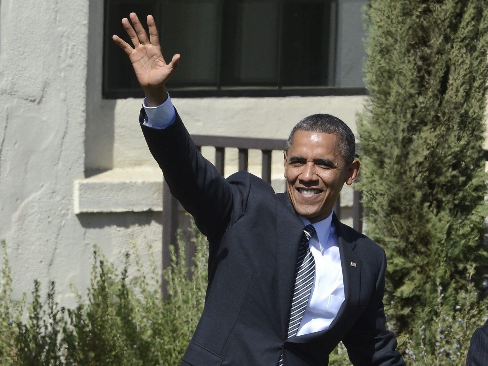 US-Präsident Barack Obama winkt seinen Anhängern.