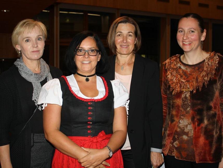 Die vier Bereichsleiterinnen der VHS Bregenzerwald: Gertrud Jackel, Helma Schneider, Christine Felder-Lang und Nadja Walch-Egle