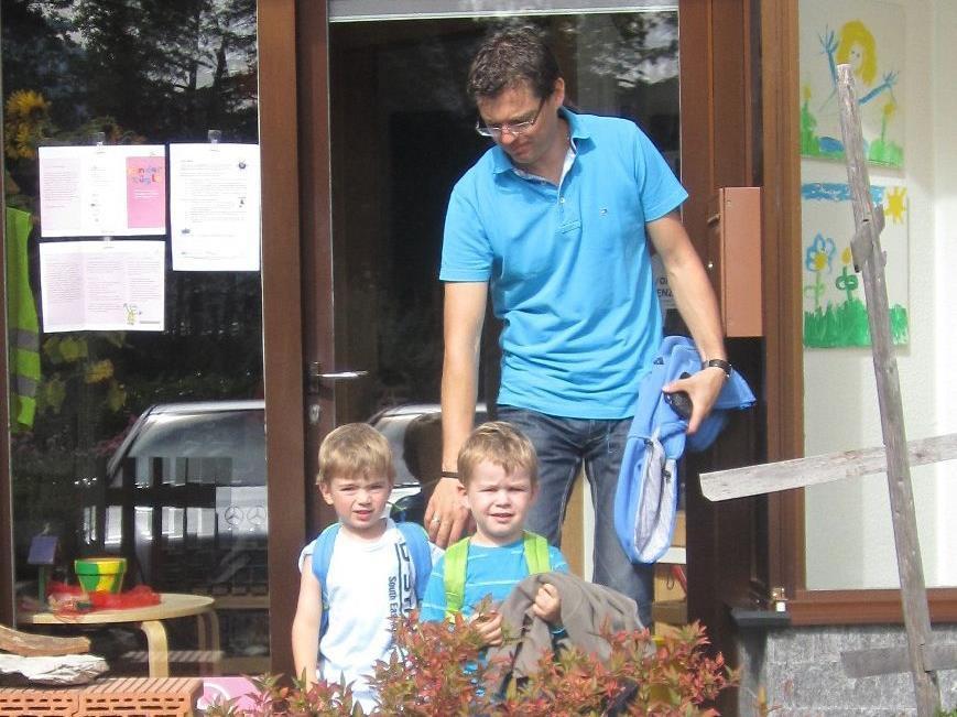 Zu Fuß statt mit dem Auto vom Kindergarten nach Hause hieß die Devise in den Nenzinger Kindergärten.