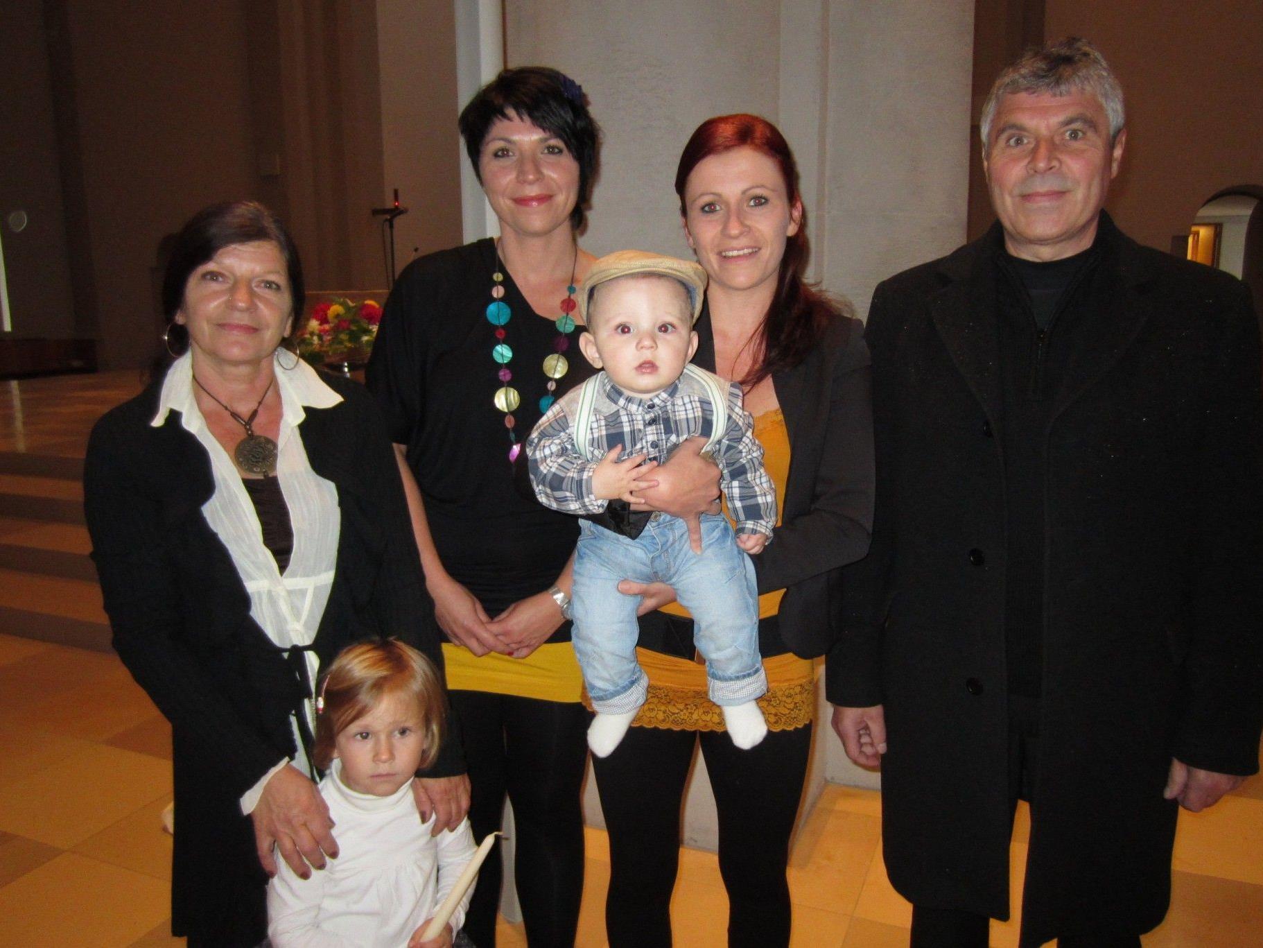 Niclas Zizer wurde getauft.