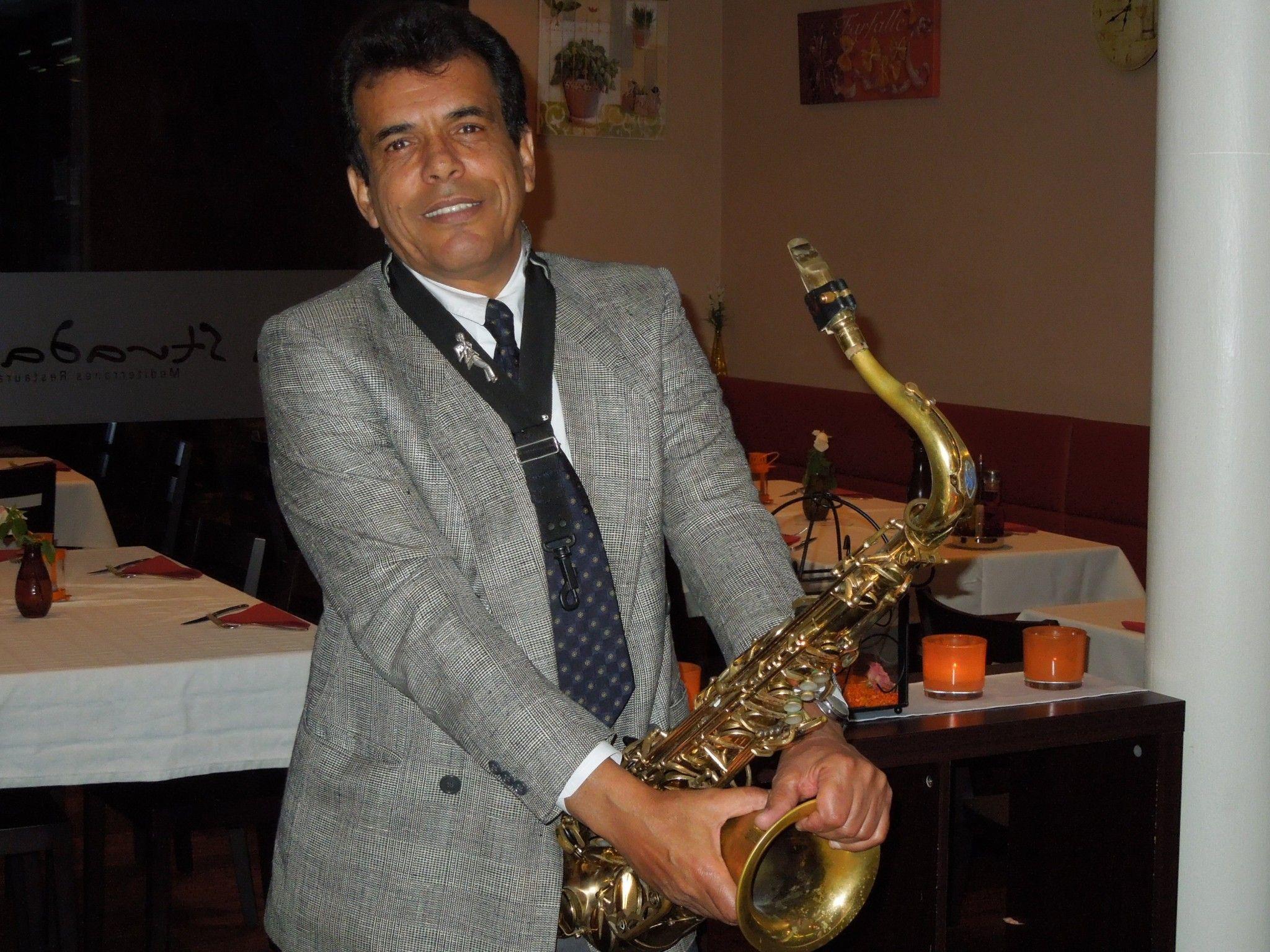 Jean-Pierre wird am 25. Oktober im La Strada ein best of aus seinem Musikrepertoire geben.