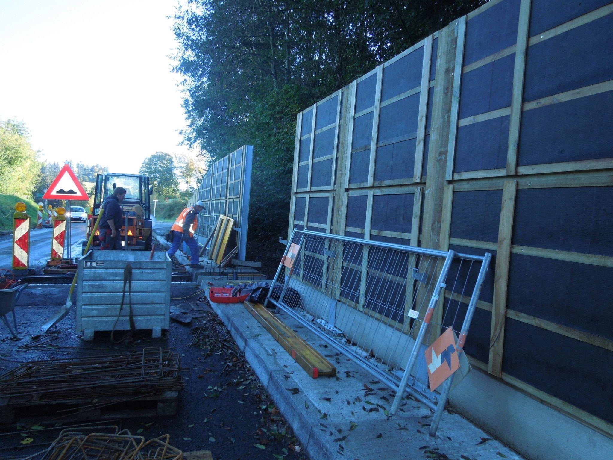 Die neu errichtete Lärmschutzwand an der Bödelestraße warf Fragen auf.