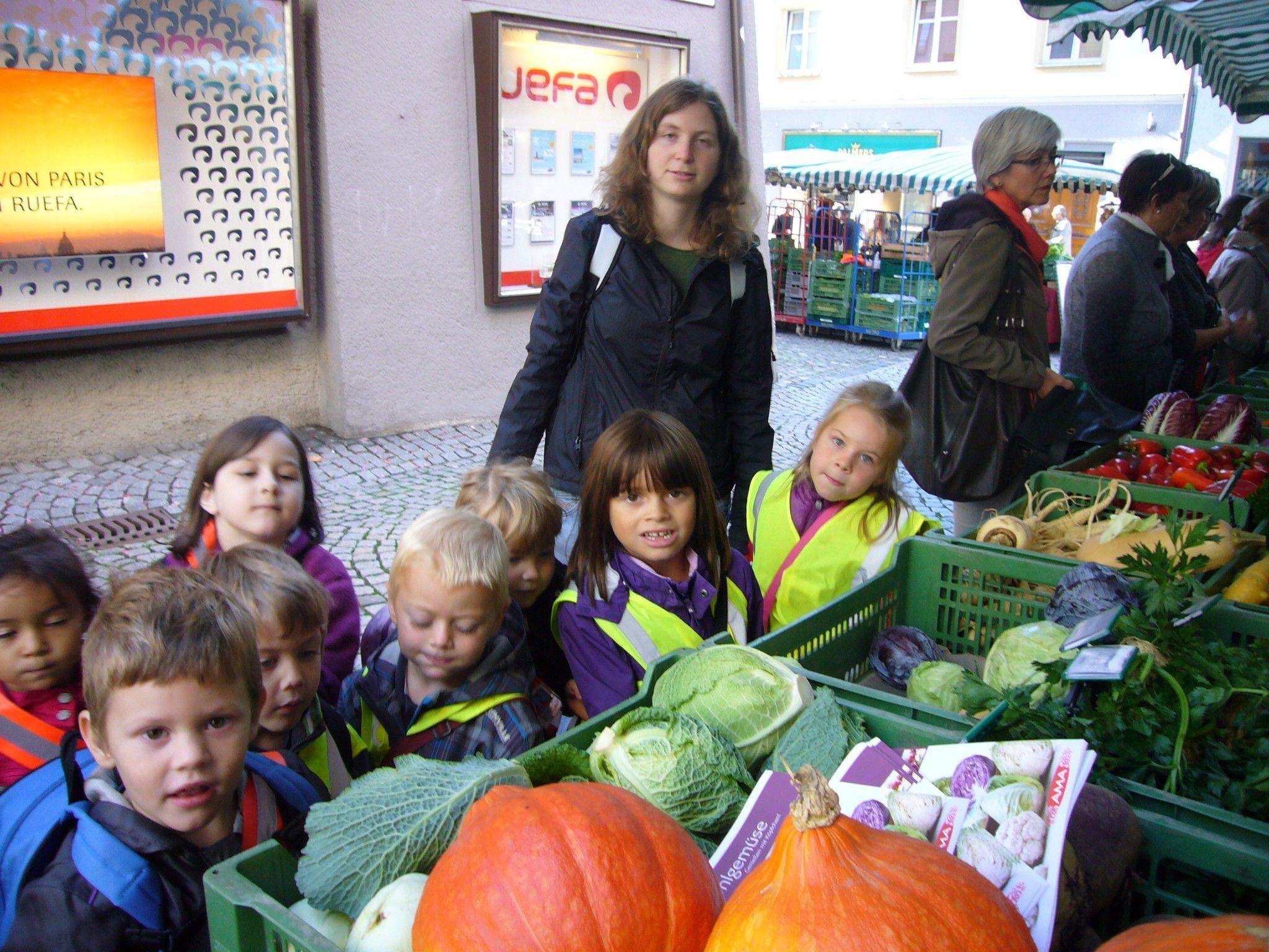 Besuch beim Gemüsemarkt