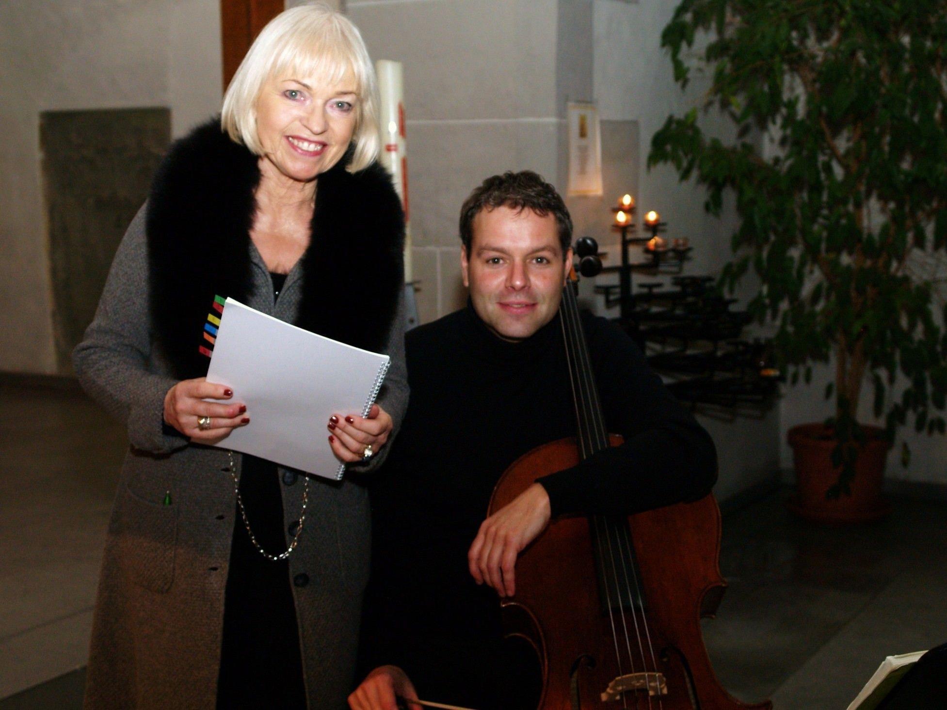 Dorit Wilhelm und Stefan Susana begeisterten mit Rilke und Bach das Publikum.