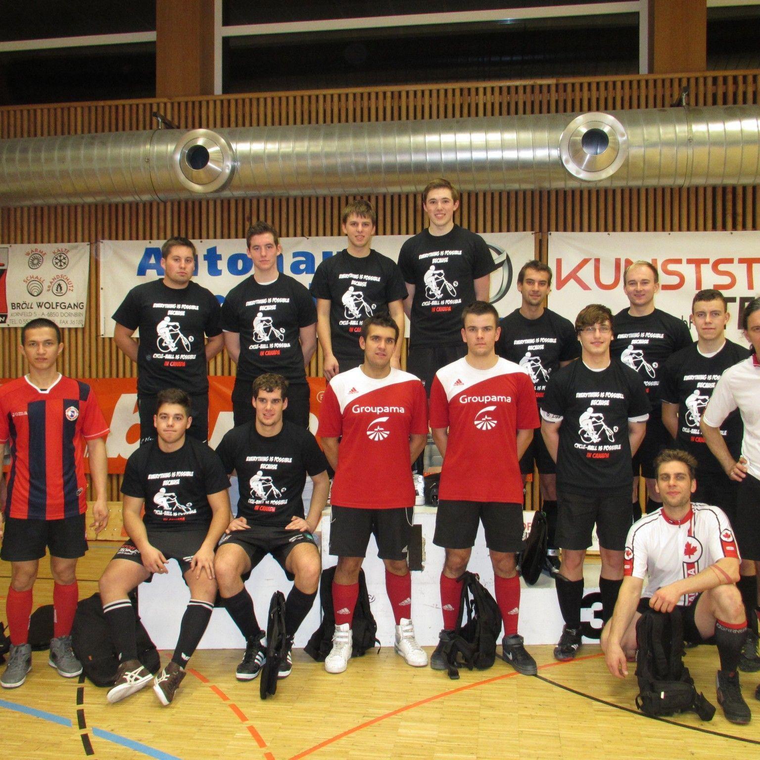 Favoritensiege bei den Radball-Turnieren in der Höchster Rheinauhalle.