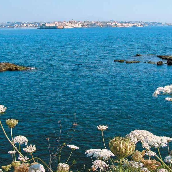 Herrliche Küstenabschnitte und Naturschönheiten sind auf Sizilien zu finden