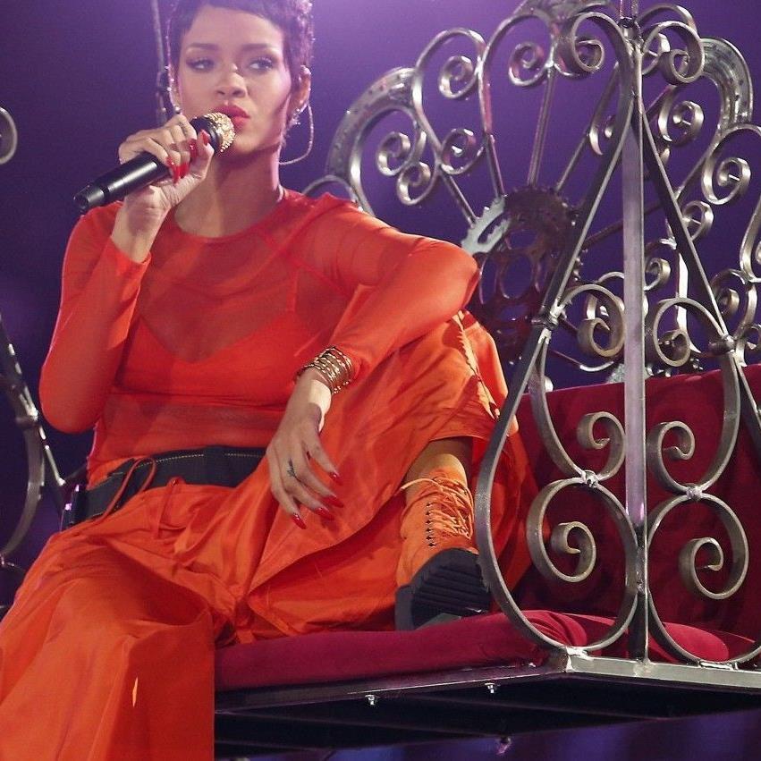 Rihanna trohnt auf dem Pop-Olymp