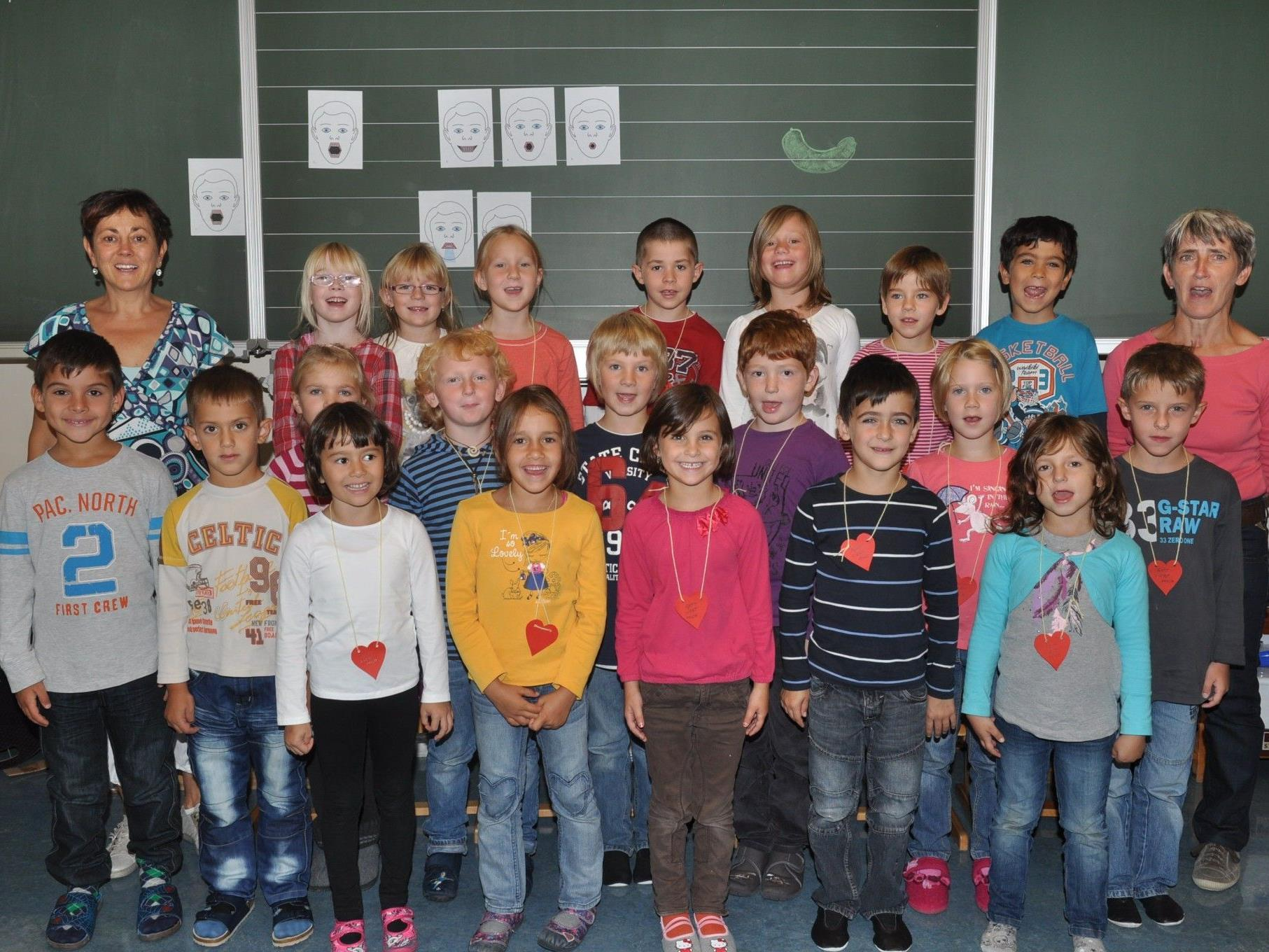 Die 1d Klasse wird von den Klassenlehrerinnen Monika Mätzler-Trauner und Dorothea Ebner-Müller als Ganztagesklasse geführt.