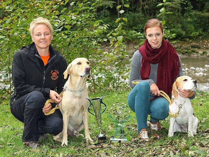 Die stolzen Siegerinnen (links: Doris Spöttl)
