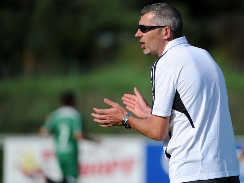 Vandans-Trainer Michael Back musste Schlimmes mit Ansehen, Spieler Thomas Loretz schwer verletzt.