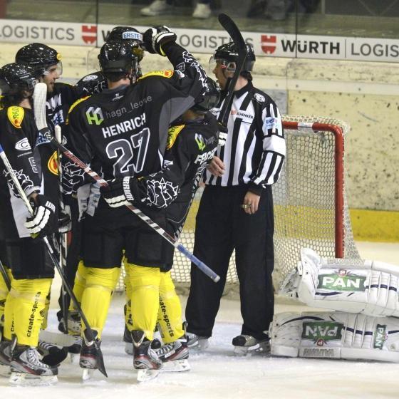 EC Dornbirn gewinnt sensationell gegen das Salzburger Starensemble.