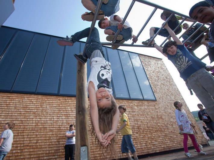 """Kindergarten-Kinder werden auf dem """"Kindergartenweg"""" begleitet"""