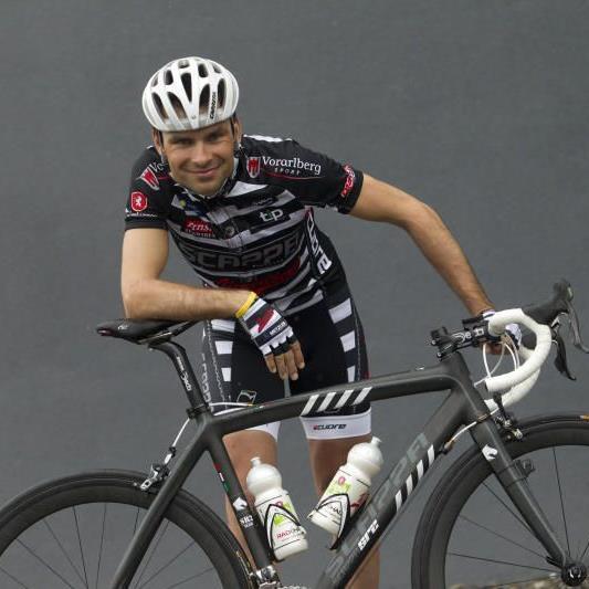 Robert Vrecer verläßt das Radteam Vorarlberg und wechselt zu Euskaltel, Patrick Jäger neu im Team.