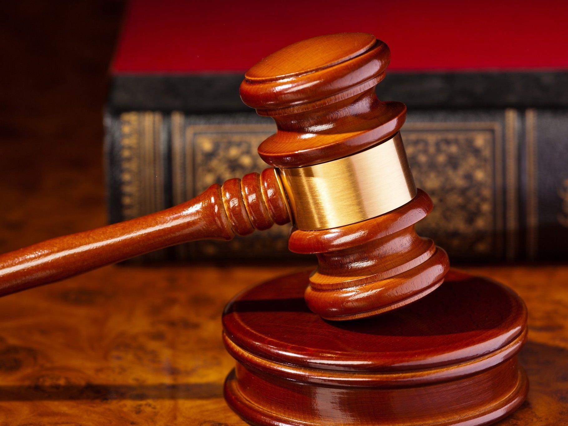 Verurteilter soll 16 Anleger betrogen haben.