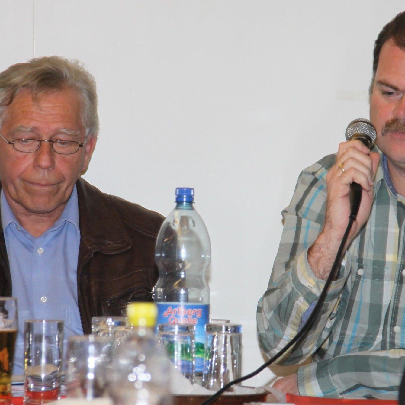 """Förderverein Obmann Wolfgang Karlinger und Kassier """"Güge"""" konnten zufrieden sein."""