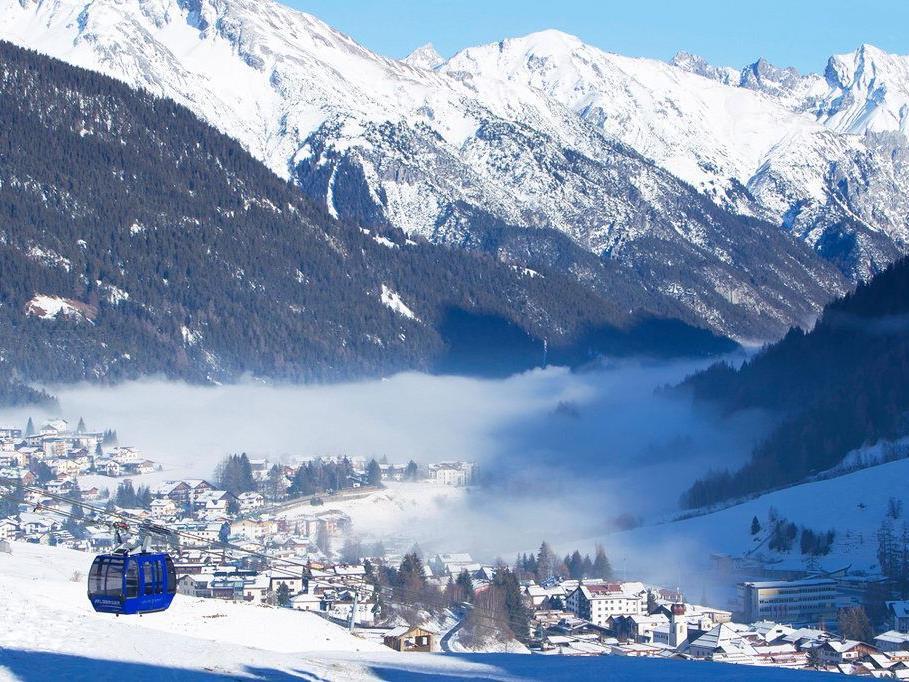 Am Arlberg tummelt sich nicht nur die bekannte Schickeria, sondern auch der Adel auf den Pisten.