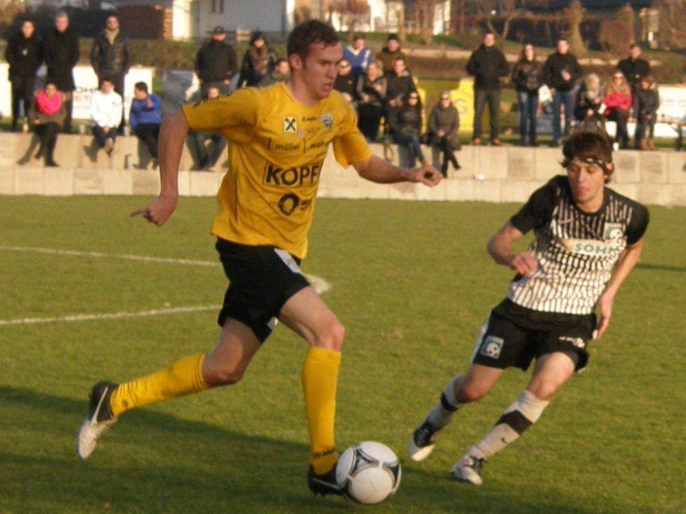 Lukas Jäger (li.) erzielte das Goldtor für Altach.