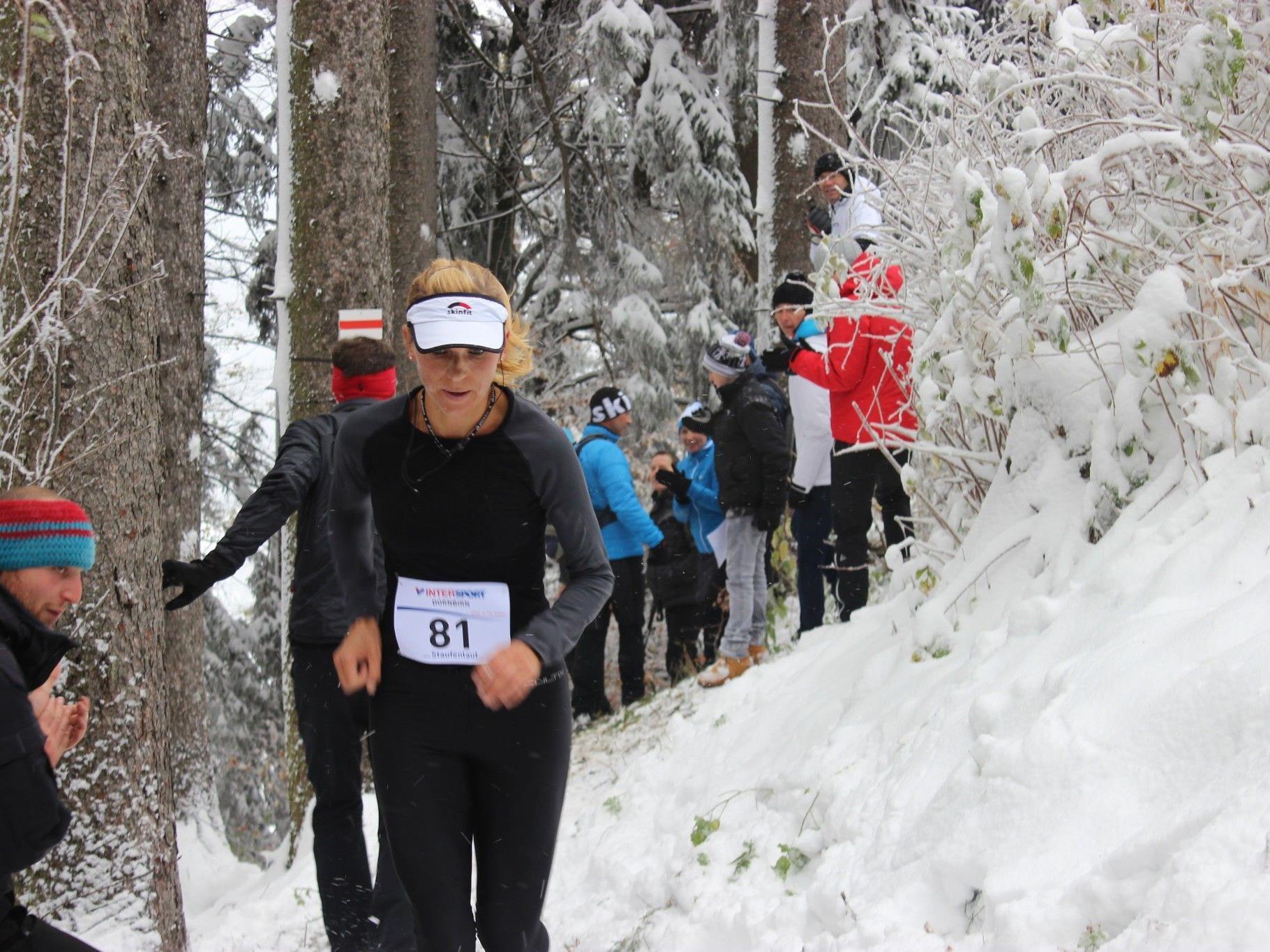 Der Staufenlauf 2012 stand ganz im Zeichen des Schnees, toller sportlicher Leistungen und des guten Zwecks.