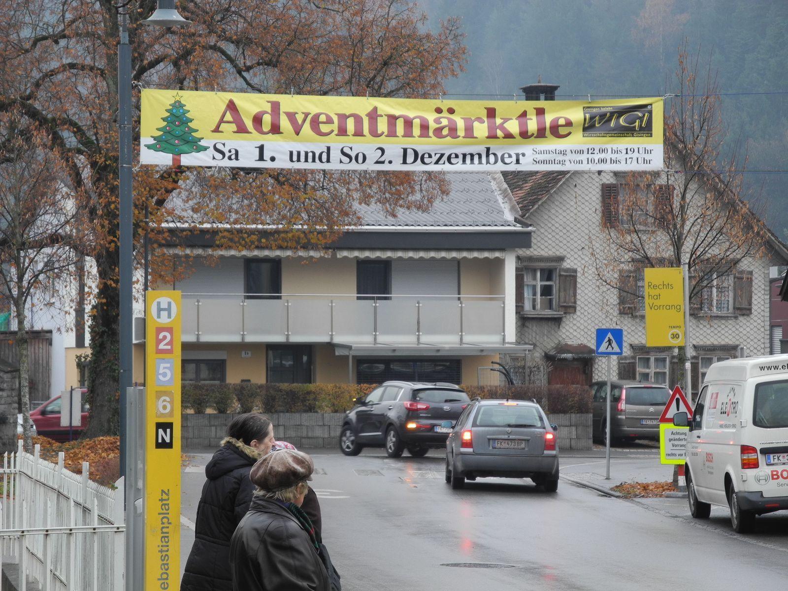 Das Adventmärktle findet am 1. und 2. Dezember auf dem Sebastianplatz in Gisingen statt