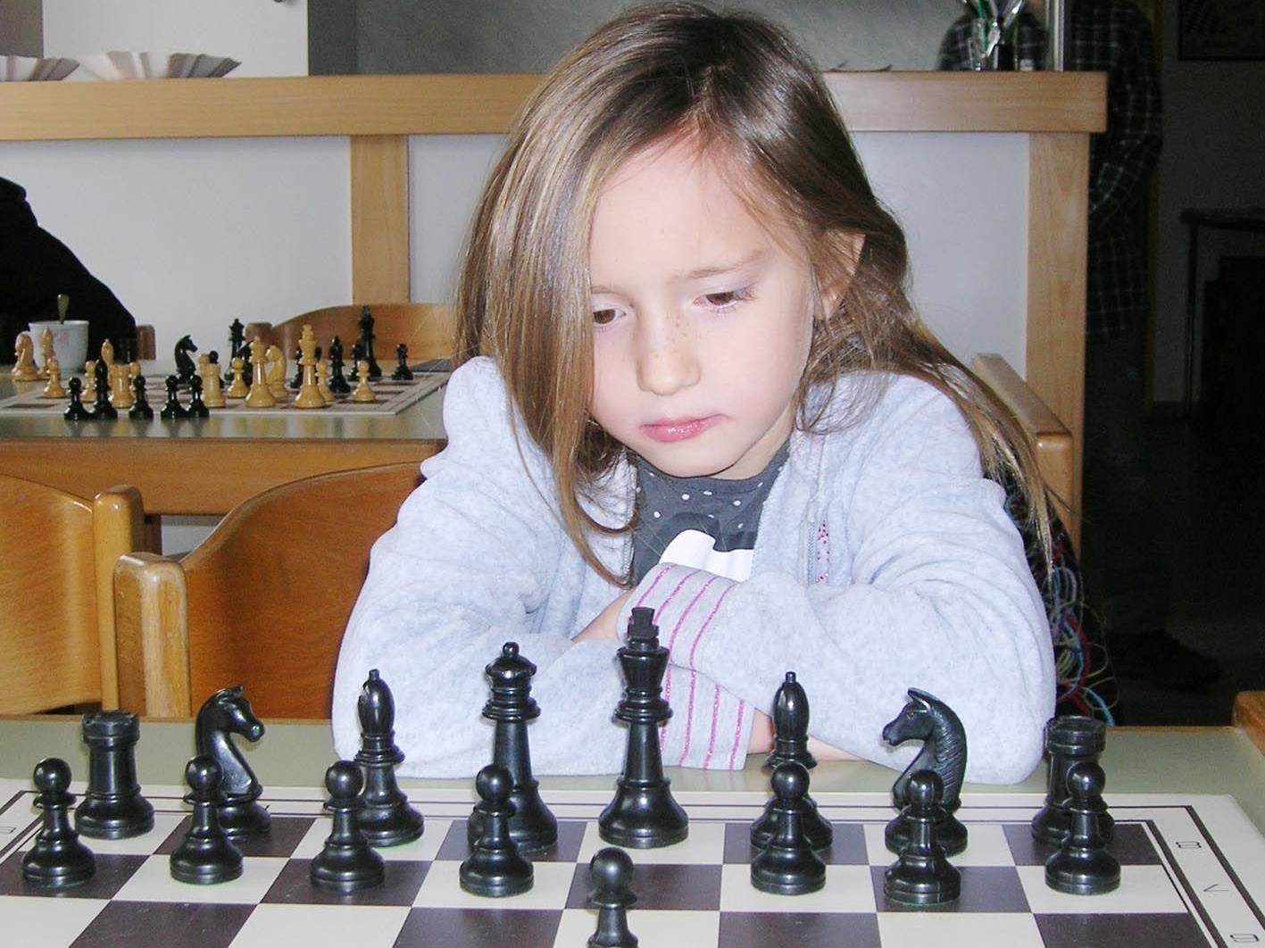 Alexa Nussbaumer holte 5 Siege in 5 Partien beim Schachrallye-Schülerturnier.