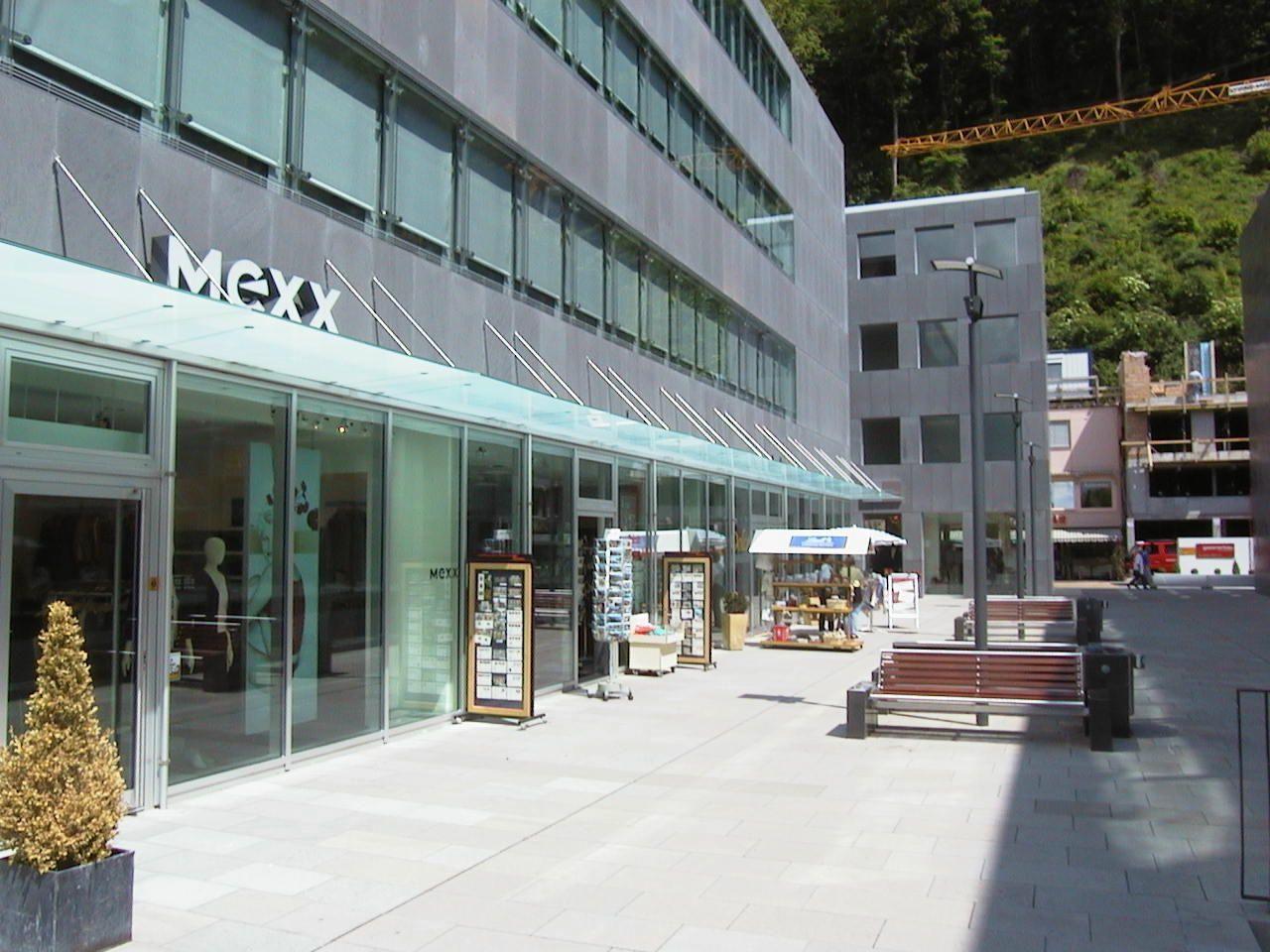 """Die derzeitige Einkaufsmeile, das Städtle von Vaduz wird praktisch nur von Touristen """"bevölkert"""""""