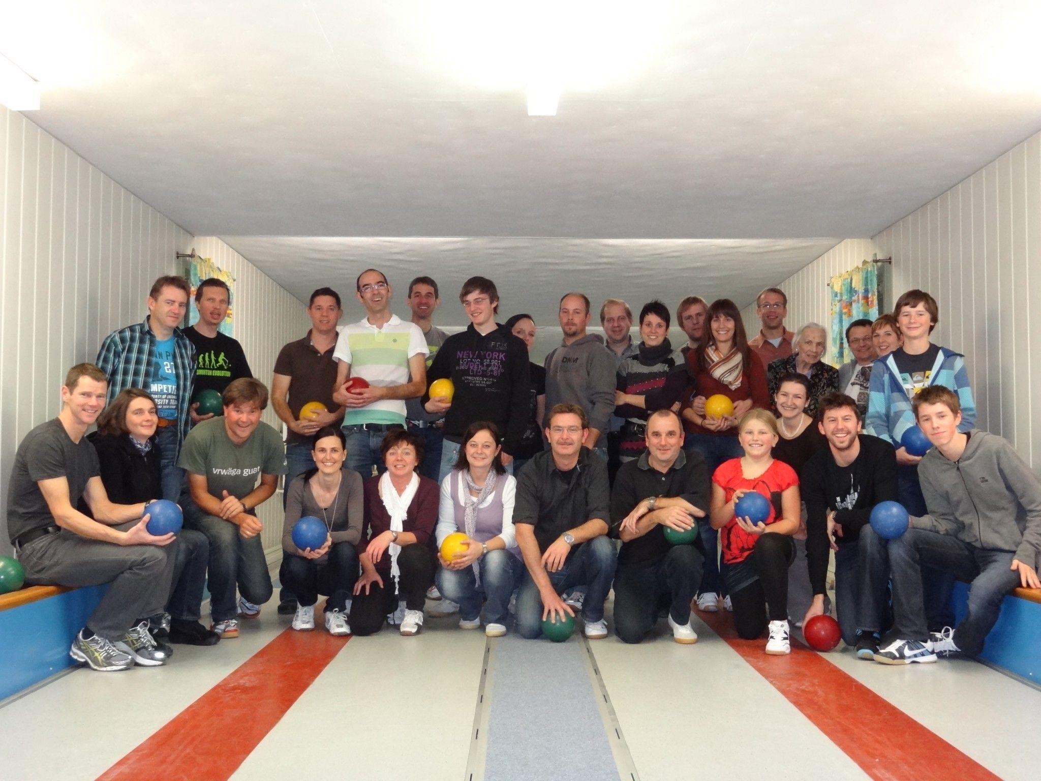 Teilnehmer des Kegelabends vom letzten Jahr