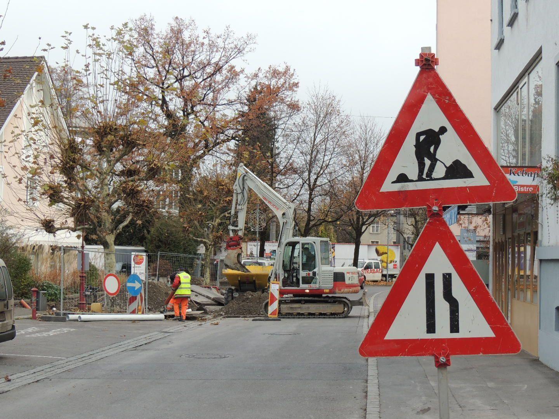 Verkehrsbehinderung durch Engstelle