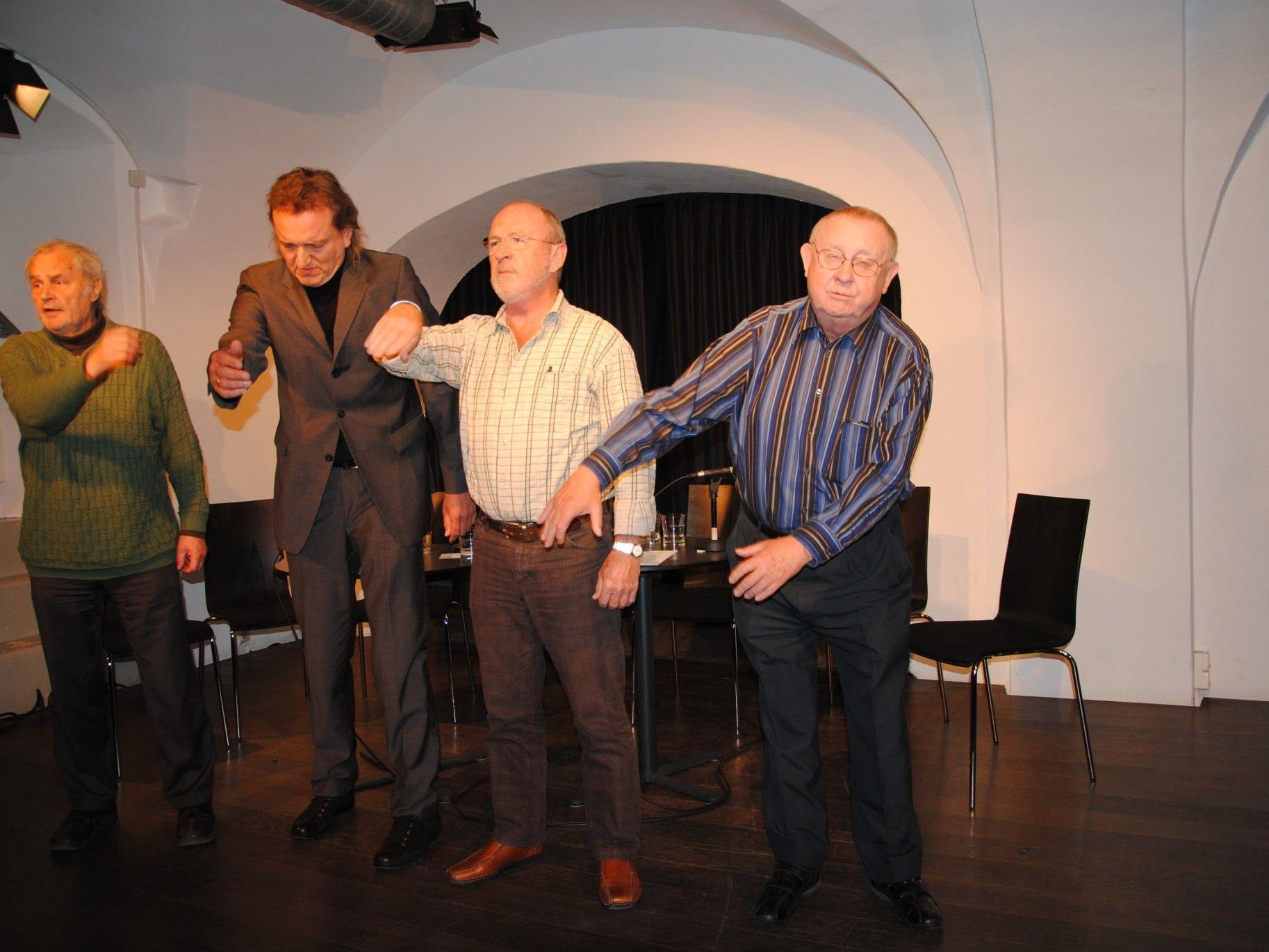 """Zugabe: Die freche Nummer """"Die Glocken von St. Vorarlberg"""" (von links: Gerold Amann, Markus Linder, Jack Griss, Karl Winger)."""