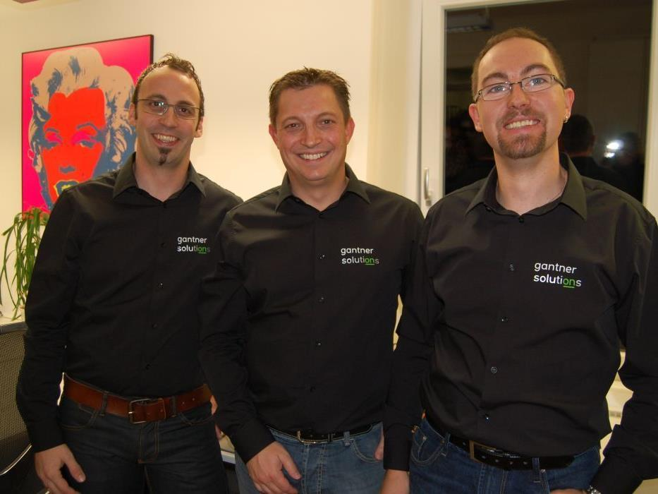 """Firmeninhaber Michael Gantner konnte zahlreiche Interessierte bei """"Gantner Solutions"""" begrüßen."""