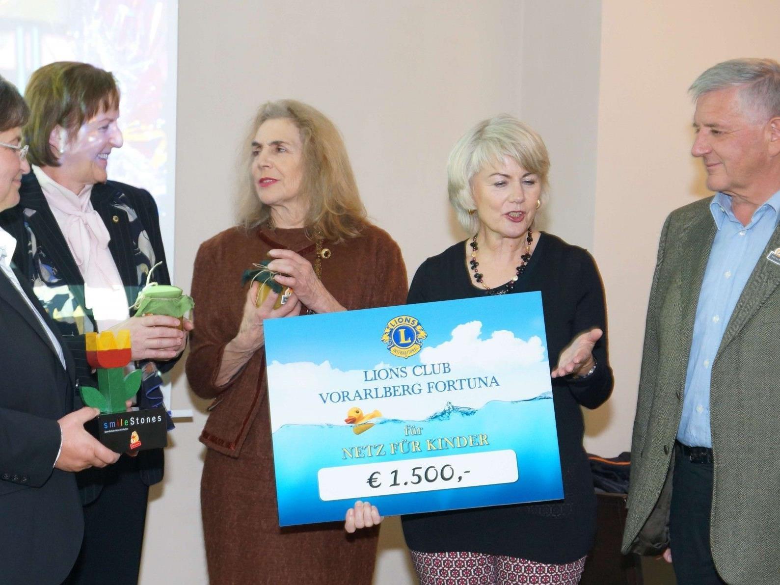 Andrea Helbok, Monika Sauermoser, Evelyn Rodewald, Ilga Sausgruber, Franz Abbrederis (v.l)