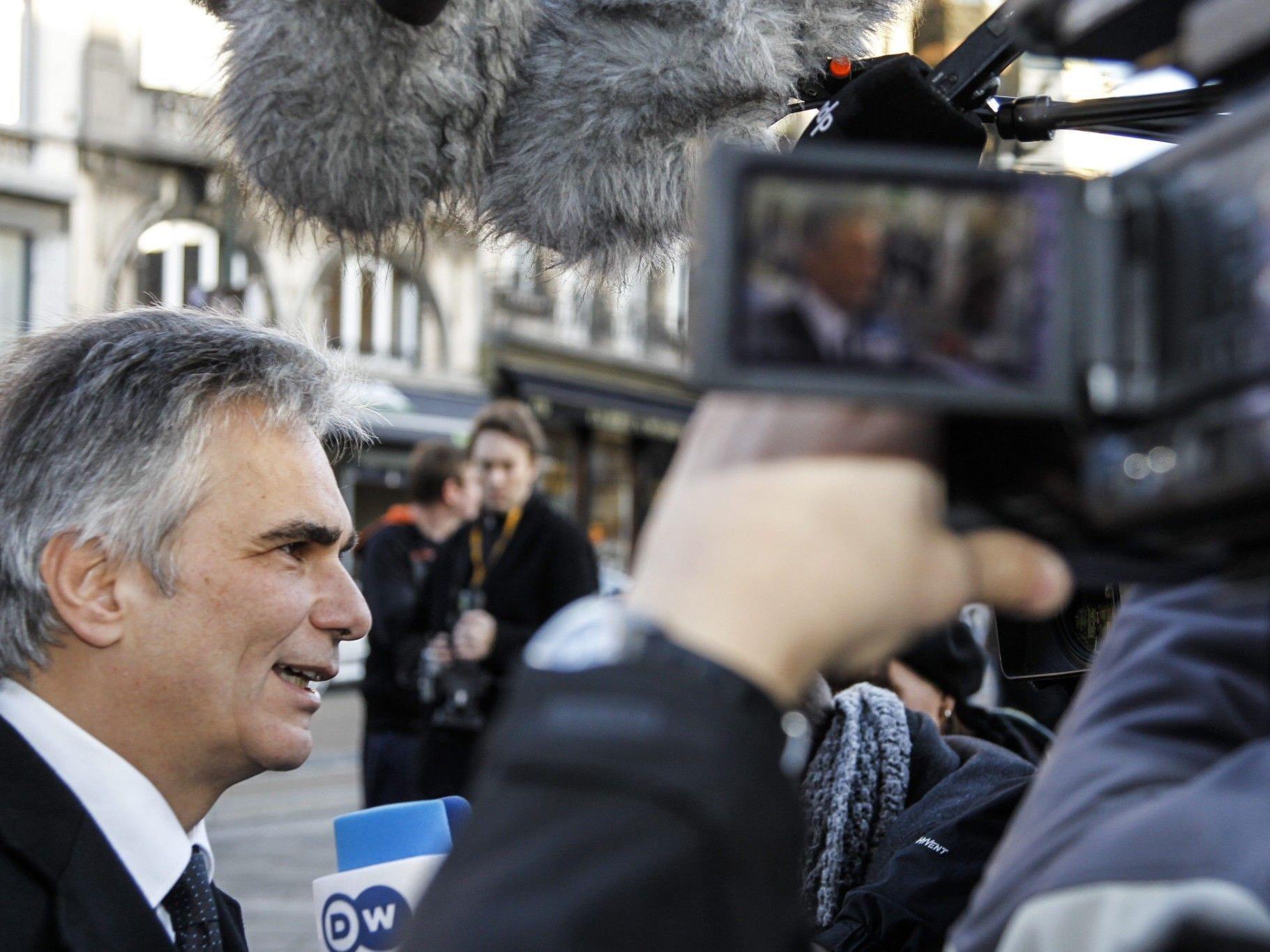 EU-Finanzgipfel: Bei harter Briten-Haltung laut Faymann Vertagung möglich.