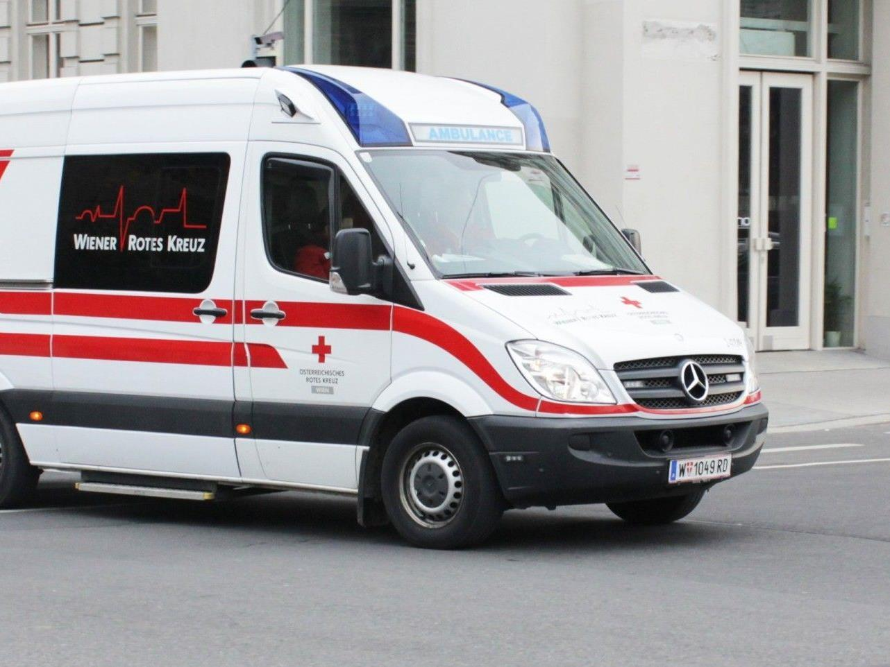Am Freitag wurde ein 15-Jähriger von einem Auto erfasst und schwer verletzt.