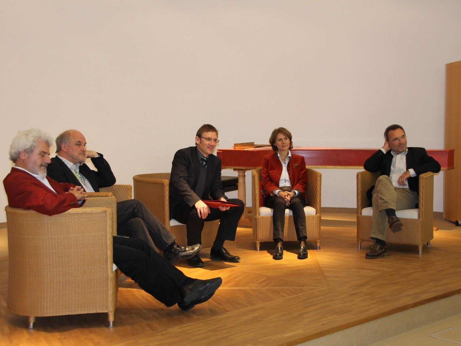 Lebhaftes Symposium zu 35 Jahren Landeskonservatorium.
