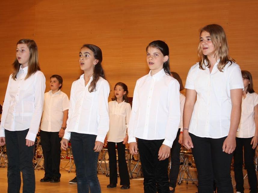 Gesang ist ein wichtiger Teil der Ausbildung an der Musikhauptschule Lingenau.