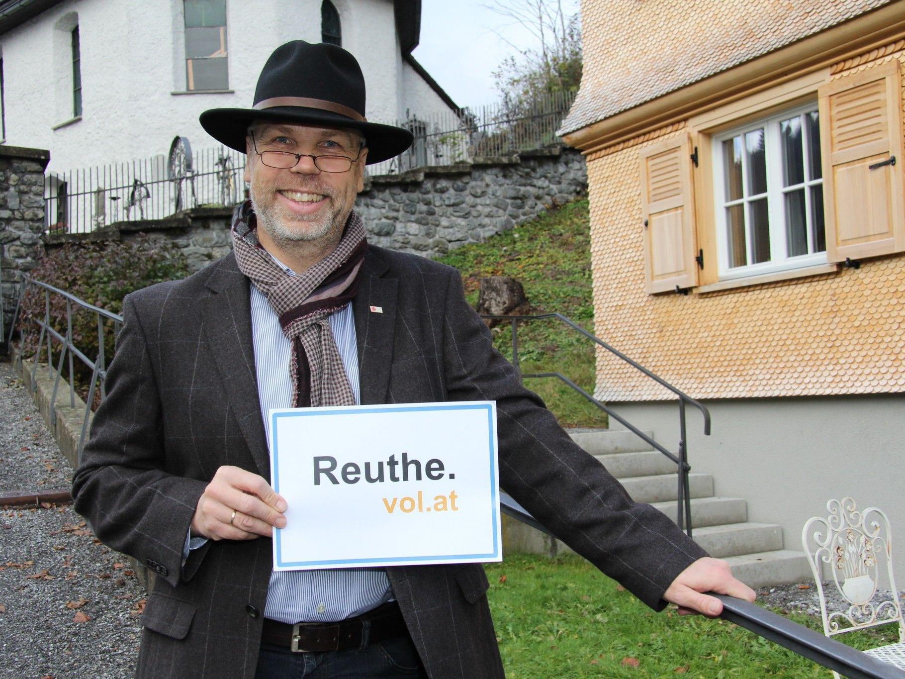 Arno Scharler, Bürgermeister von Reuthe, steht VOL.AT Rede und Antwort