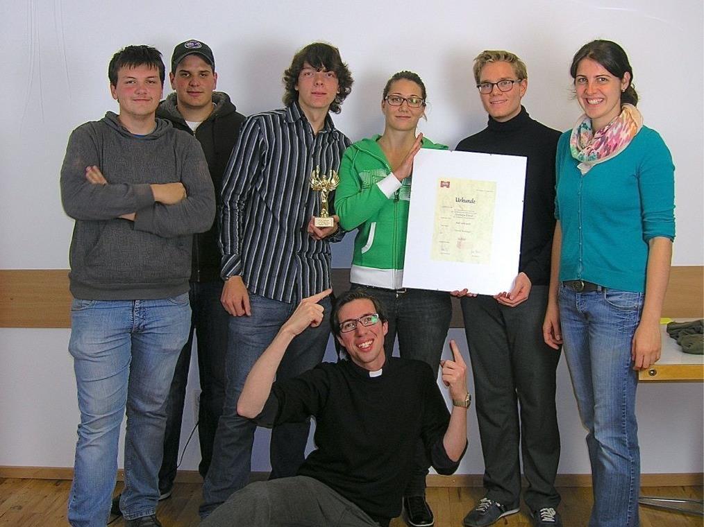 Der Film des kreativen Teams um Kaplan Reisinger wurde mit der Silbernen Diana beim 24. internationalen Kurzfilmfestivals des nichtkommerziellen Films ausgezeichnet.