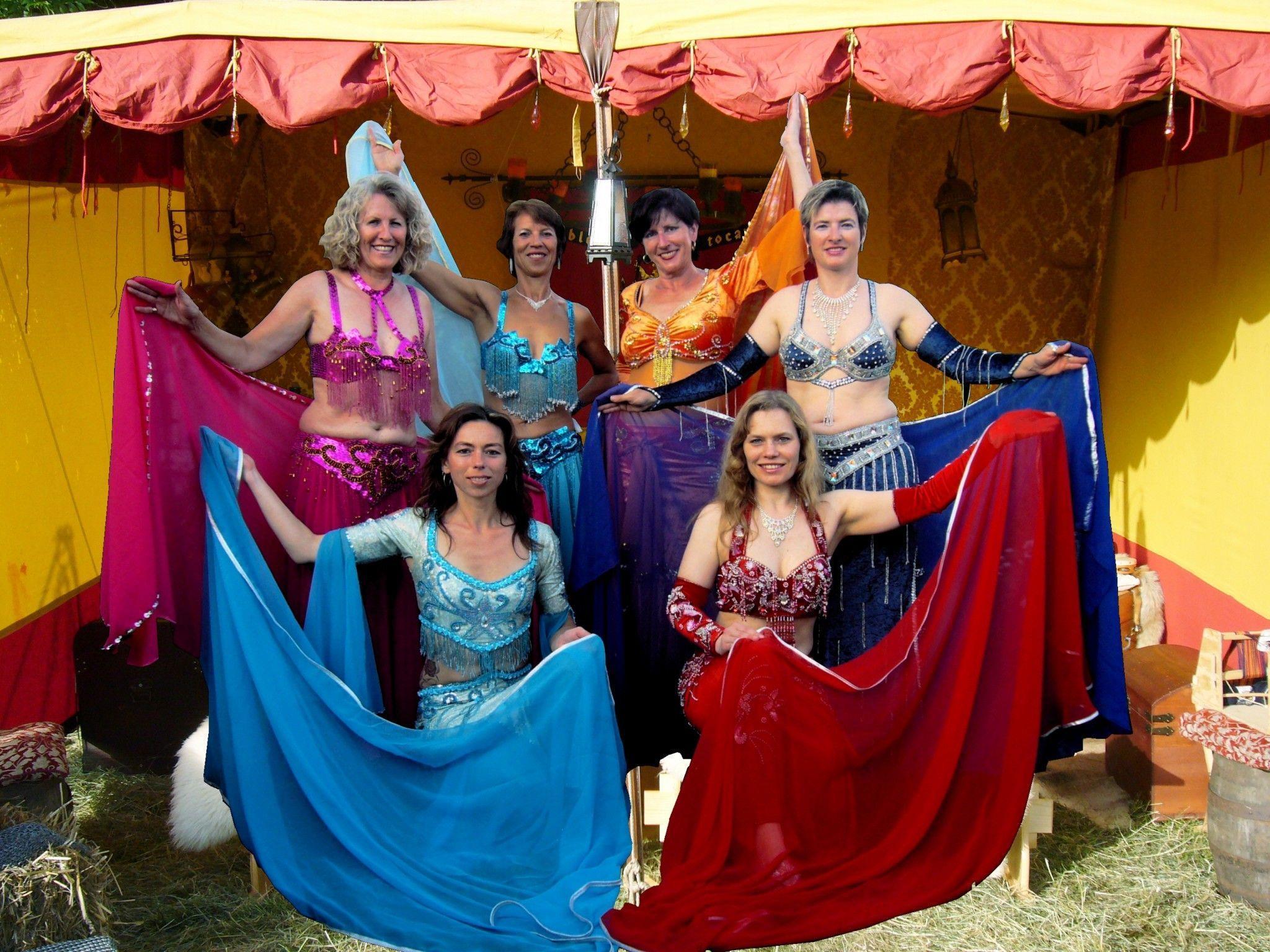 """Die Tanzgruppe Yasama lädt zur die """"4. Orientalischen Nacht"""" in die Lochauer Festhalle."""