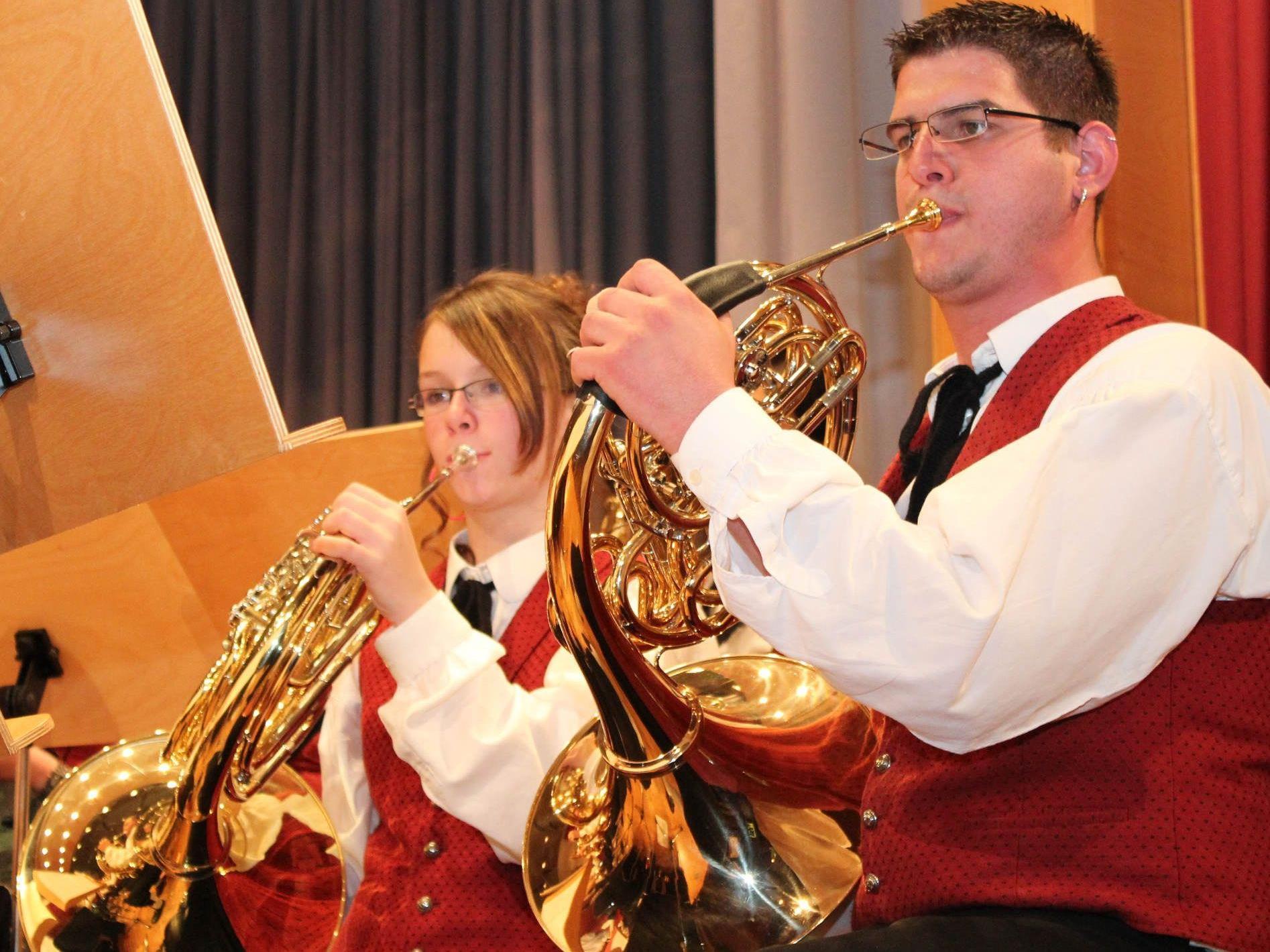 Der Musikverein sorgt für vorweihnachtliche Klänge in der Wallfahrtskirche.